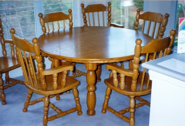 table-and-chairs-charlotte